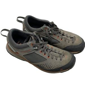 Vasque Camping Trail Hiking Shoes low top lace up
